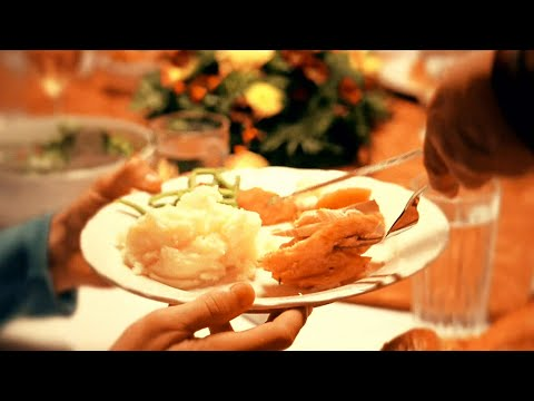 How to safely celebrate Thanksgiving with family and friends