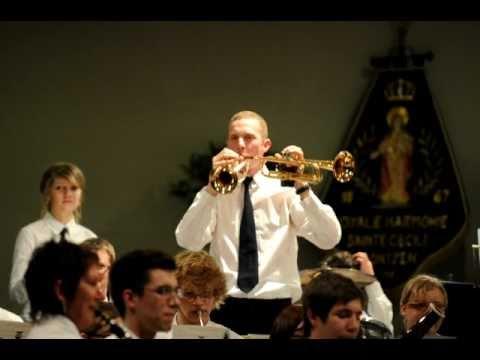 Benoît Gille joue Something Stupid avec 2 trompettes avec l'harmonie sainte-Cécile de Montzen