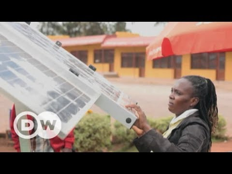 Solar kiosks as a business modell | DW English
