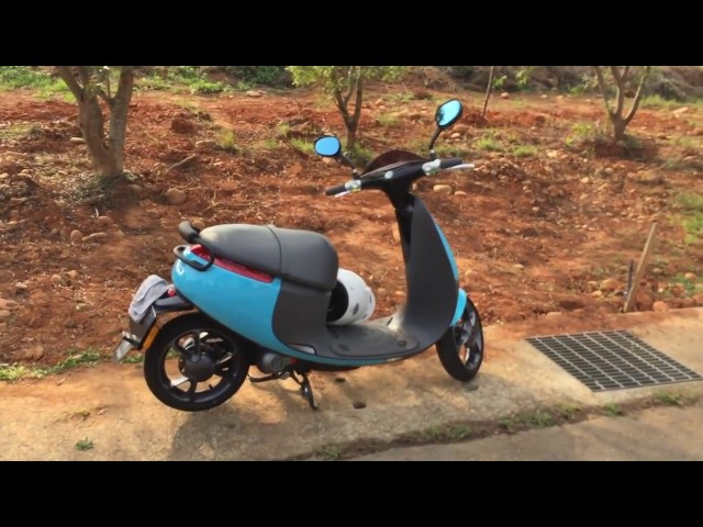 Owners Hands-on Overview of a Gogoro Plus Smartscooter