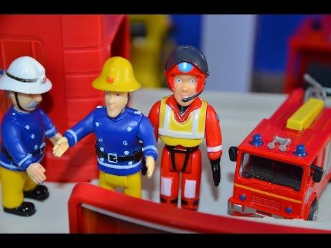 fireman-sam-episode-big-grabber-picks-up-the-4x4-feuerwehrmann-sam