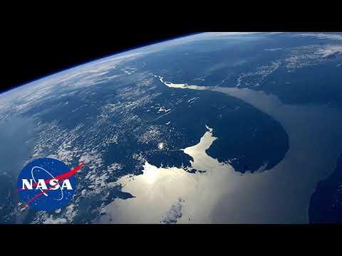 "Super Bowl Amazon Commercial Shows EMP ""Blackout"" Scenario (2019)"