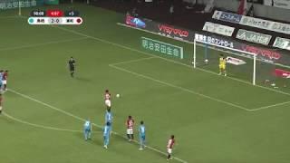 後半ATに獲得したPKを李 忠成(浦和)が沈め、試合終了間際に浦和が1点...