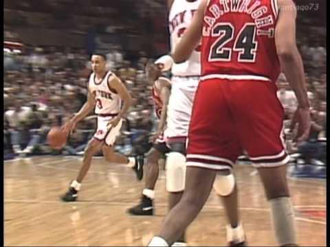 John Starks dunks on the Chicago Bulls game 2 NBA Playoffs 1993