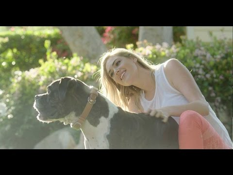 LINK AKC | Kate Upton | Workin' on My Wellness