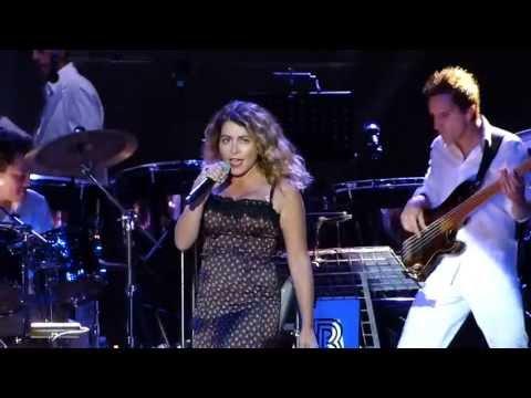 Julie Zenatti - Je Voudrais Que Tu Me Consoles - Festival Trenet Narbonne 2013