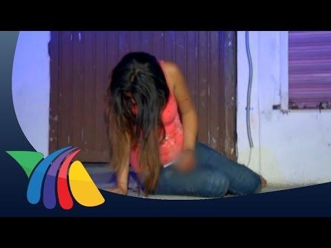 Novia ebria cae de pared al buscar a su novio en Monterrey
