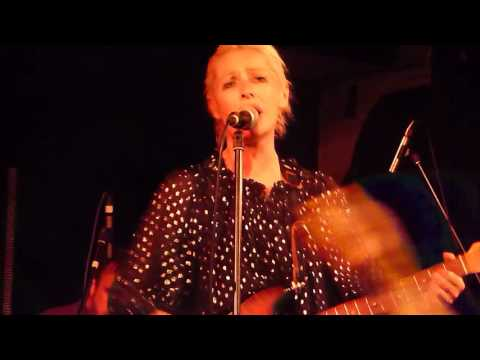 Wendy James - I Want Your Love - The Venue, Derby - 01/06/2016