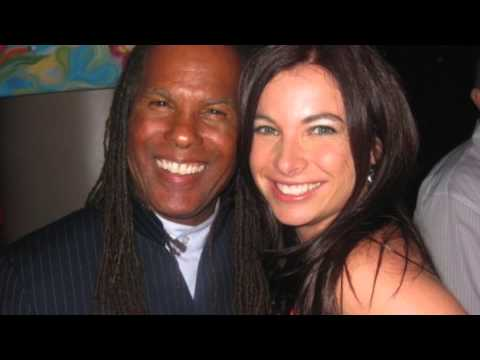 Michael Beckwith Interviews Niurka on KPFX - The Sound of Transformation