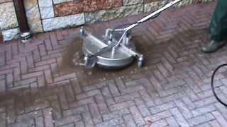 Lavaggio autobloccanti