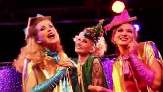 """Blonde Bombshell Burlesque - Weihnachts-Revue : """"Süßer die Glöckchen nie schwingen!"""""""