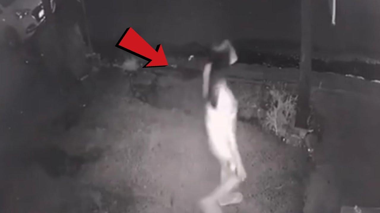 ชาวบ้านหลอน ร่างลึกลับเดินผ่าน ที่กล้องสามารถจับได้.