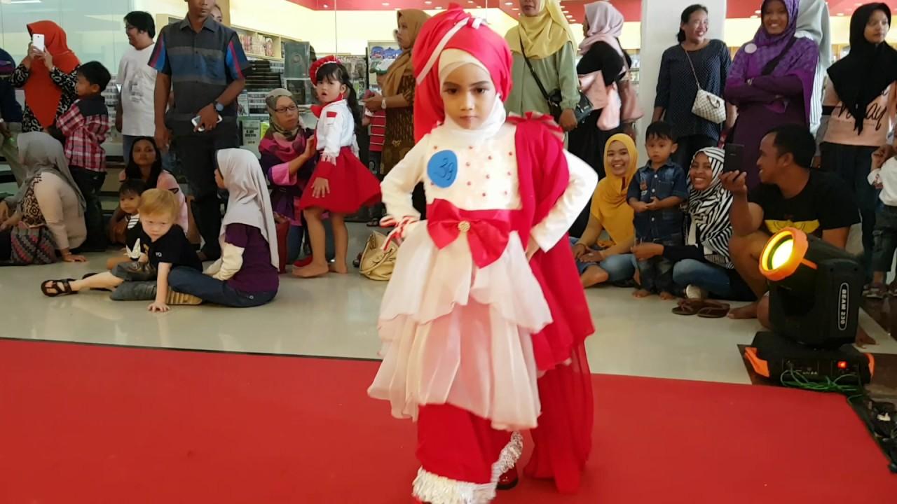 Miaraiqa Fashion Show Merah Putih