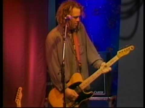 Steve Pride & his Blood Kin perform Drugs, Guns, Cigarettes
