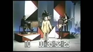 The Lemon Pipers — Rice Is Nice, on the Mike Douglas Show, with Ann Miller wrecking it at the end.
