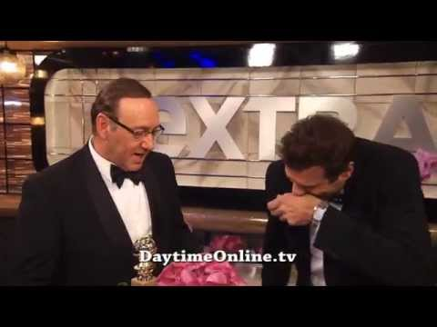 """Daytime -Jerry Penacoli gives Kevin Spacey a """"Golden Shower"""" at the Globes"""