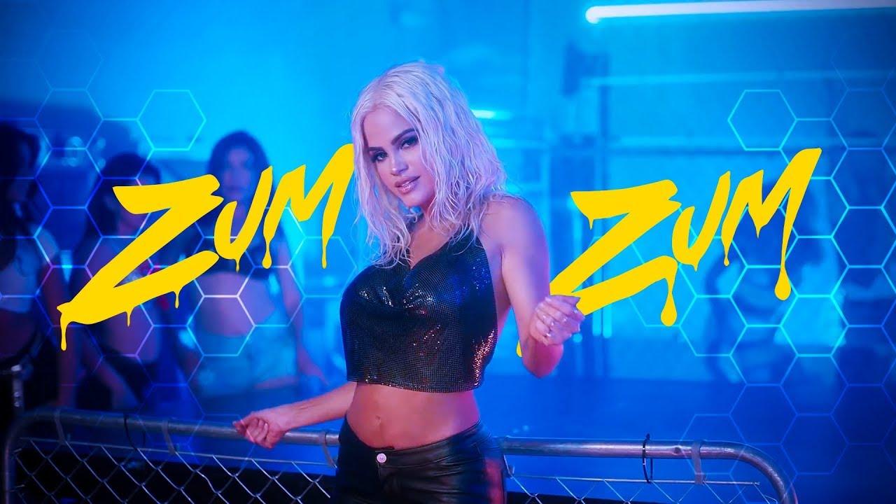 Daddy Yankee  🐝 Rkm & Ken-Y  🐝 Arcangel  🐝🍯 - Zum Zum [Official Video] #1