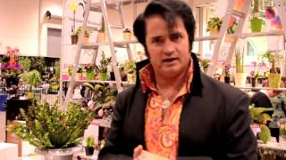Elvis impersonator gives planting tips at Canada Blooms 2014