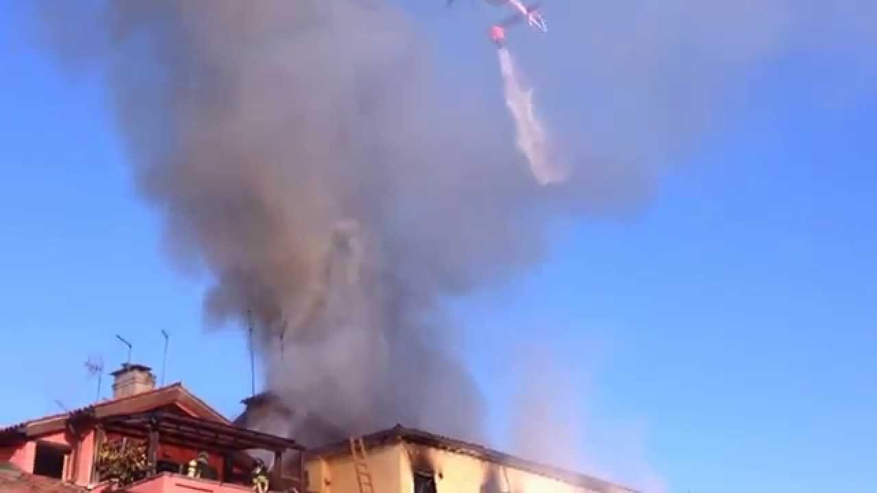 Elicottero Venezia : Incendio venezia  intervento elicottero vigili