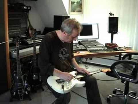 Duesenberg Multibender Demo #2 played by Martin Huch