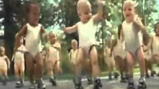 [Video Divertenti] Bambini che ballano come Micheal Jackson