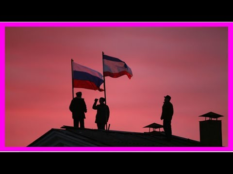 US imposes new sanctions on Russia over Crimea