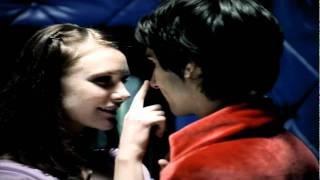 Control Machete y Ely Guerra :: Amores Perros [Video Oficial] HD