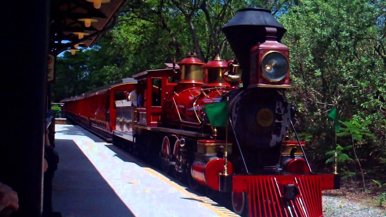 Walt Disney World Railroad Walter E. Disney pulling into ...