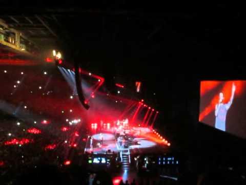 Maroon 5 tour dates in Brisbane