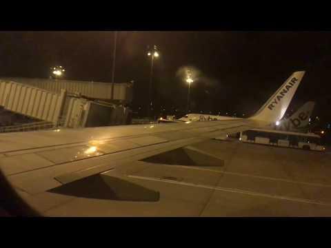 Landing At Birmingham Airport With Ryanair 2017