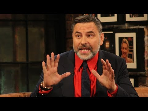 """David Walliams """"It's okay to be an outsider"""" 