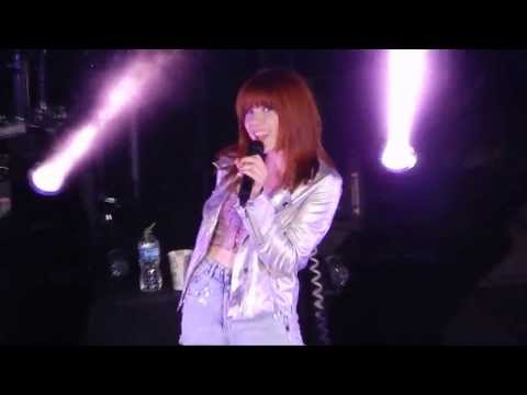 Carly Rae Jepsen - Tiny Little Bows (The Summer Kiss Tour Minnesota)