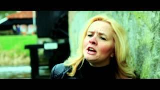 Deborah Bee - Deze Droom (Officiële clip, Maart 2014)