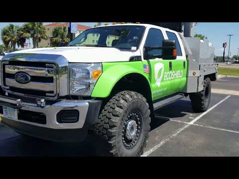 Ford F550 Super Single Conversion - Huge truck and it has a huge turbo in the back