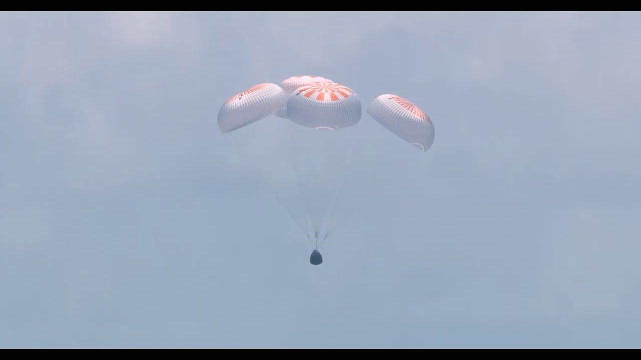 SpaceX Dragon Endeavour Splashdown in 4K – Aug 2, 2020