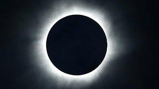 أندونيسيا تشهد أول كسوف كلي للشمس منذ 33 عاما    9-3-2016