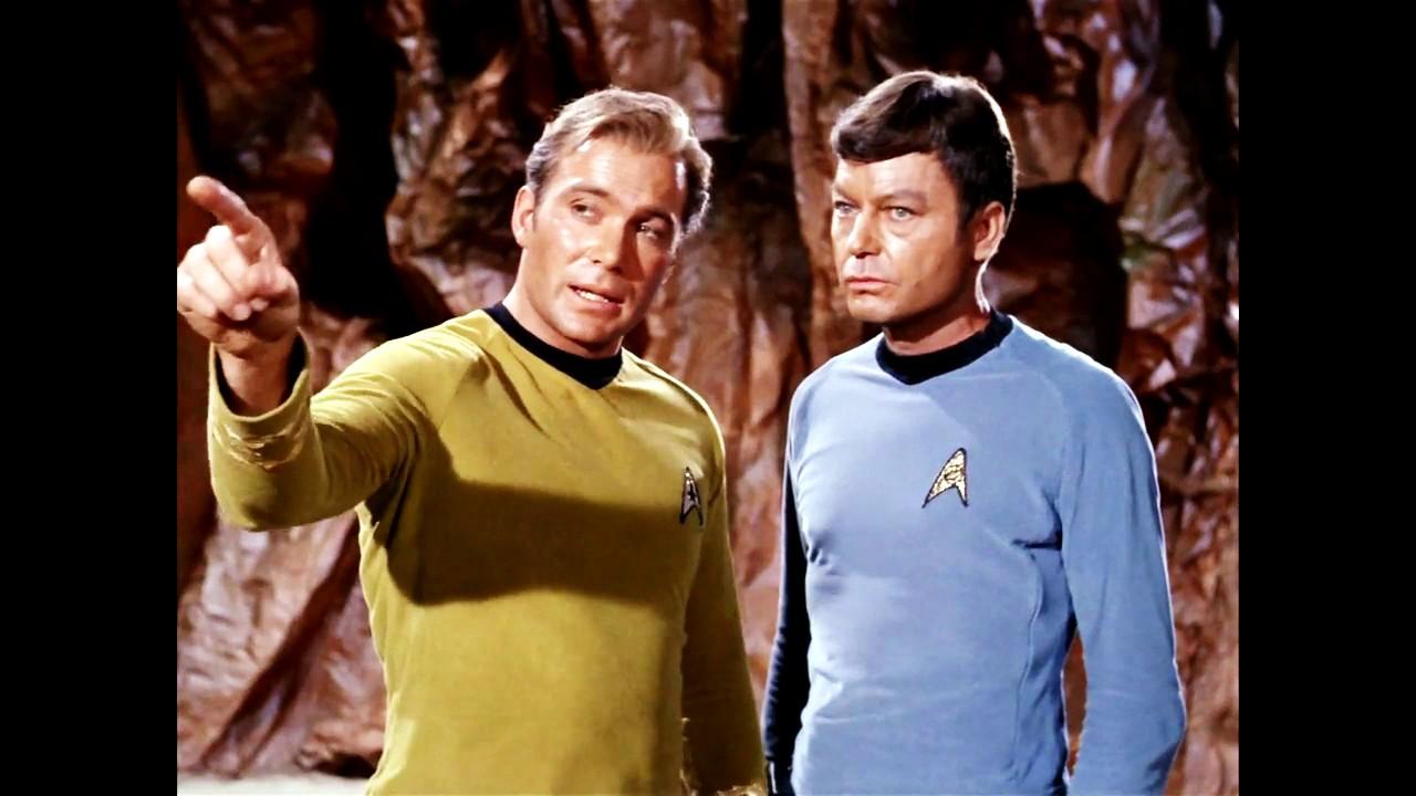 kirk-spock-threesomes