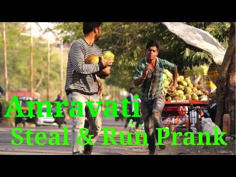 Steal and run prank in amravati by Amravatikar Nikhil Poharkar || Amravatikar Nikhil Poharkar
