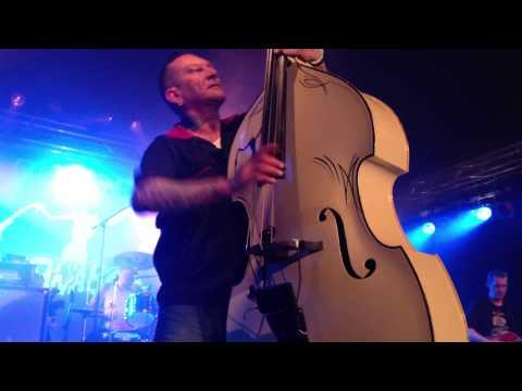 Guana Batz - Radio Sweetheart (Live at Satanic Stomp 2013)