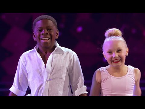 AGT Judge Cuts preview: Artyon & Paige thumbnail