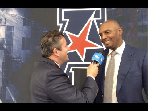 Memphis' Penny Hardaway Discusses Freshmen, Team Energy And Tigers' Daunting Schedule