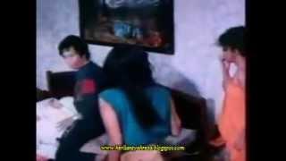 Scene Lydia Kandouw Cuma Pake Handuk