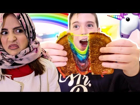 UNICORN RAINBOW GRILLED CHEESE SANDWICH!!