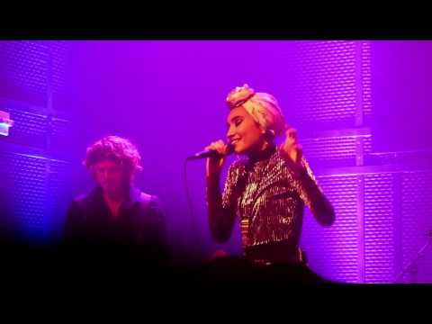 Used To Love You & Too Close - Yuna (Live in San Diego)
