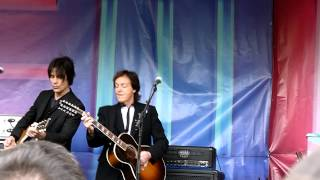 Paul McCartney - Everybody Out There @ Covent Garden 2013