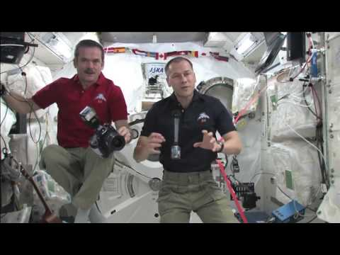 Space Duo Chats with Arizona Art Students