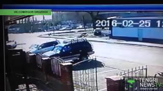 """ДТП с """"перевертышем"""" в Талдыкоргане попало на видео"""