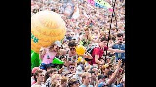 チャンネル登録: https://goo.gl/gECFQa 説明 : 8月終わりに英国で開かれるレディング/リーズ・フェスティバルは、今年、会場へのパイナップルの持ち込みを禁じた。