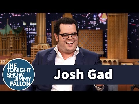 Josh Gad's Daughter Is Possessed by Frozen's Elsa