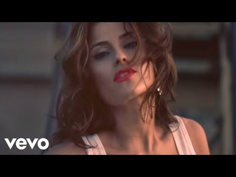 Nelly Furtado - Maneater (US Version) (Official Video)